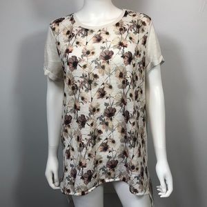Floral Short Sleeve Shirt. Long In Back. Size XL